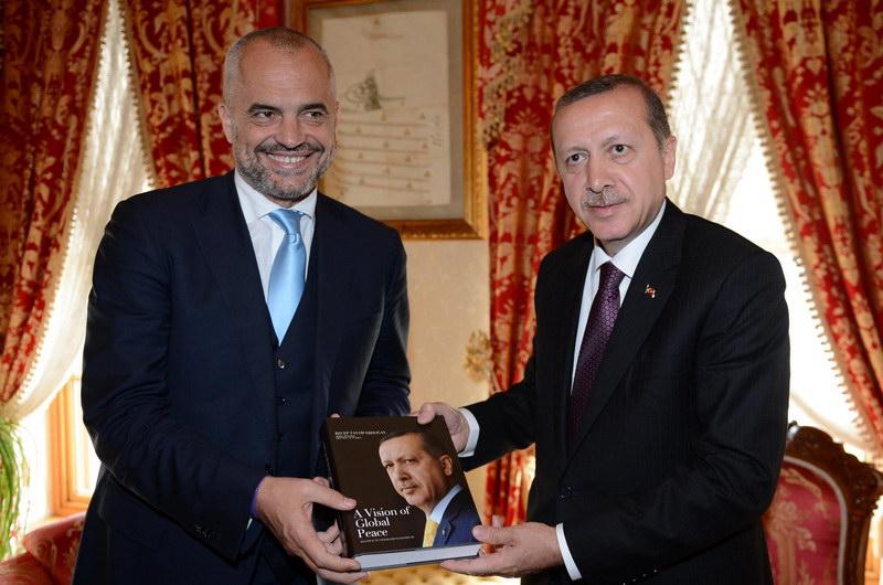 Αλβανία - Τουρκία: Βίοι παράλληλοι