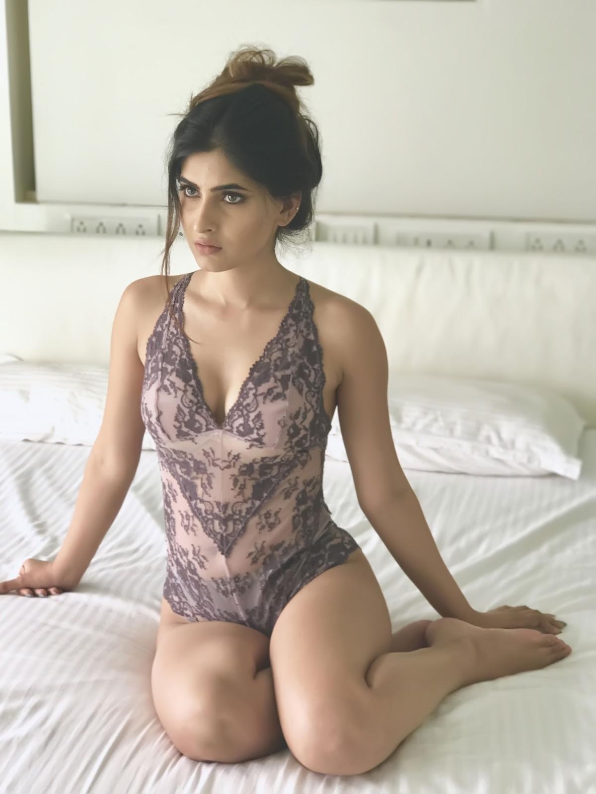 Naked girls anal cream pie