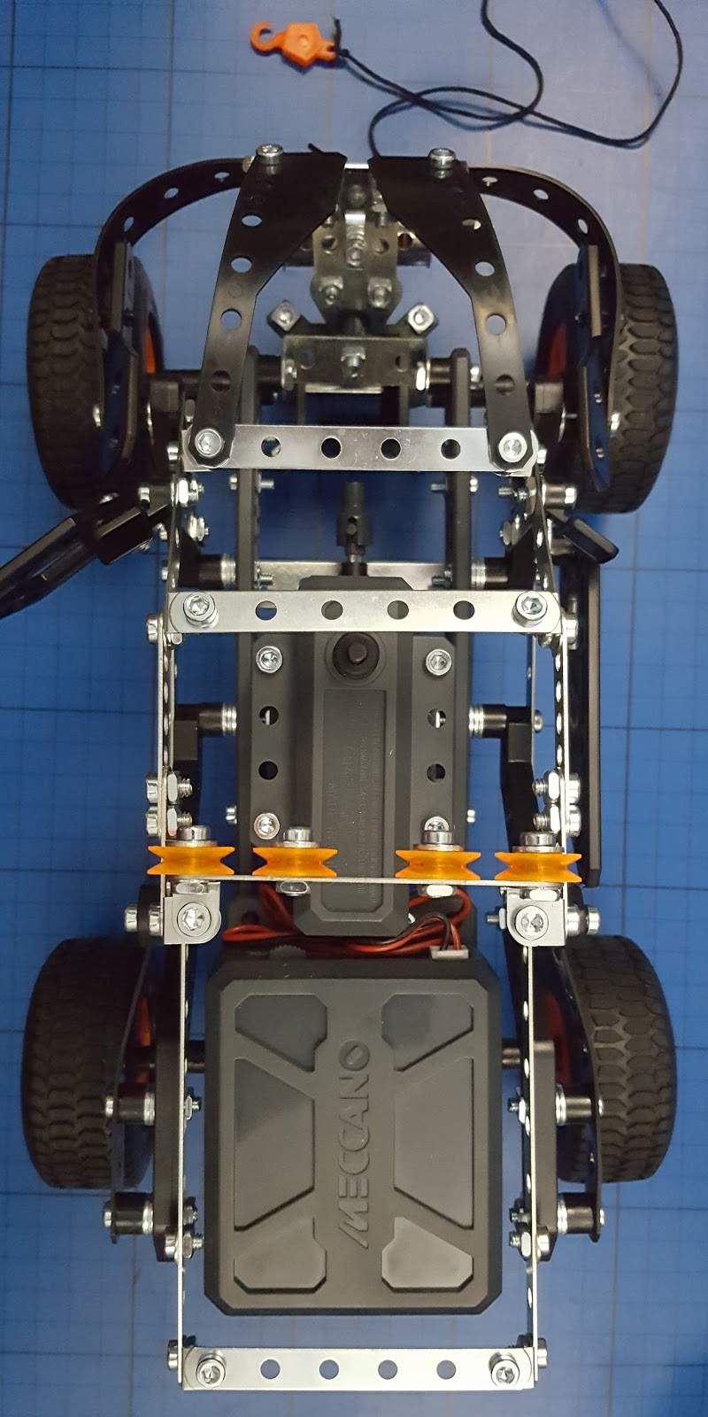 The Brick Castle Meccano 25 4x4 Off Road Truck Review Age 9 Motor Reversing Switches Electronics In Its A Really Nice Model With Bonus That You Can Take It Apart And Make Something Completely Different