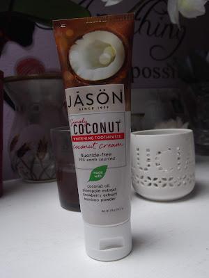 Zubná pasta Simply Coconut – bieliaca jason