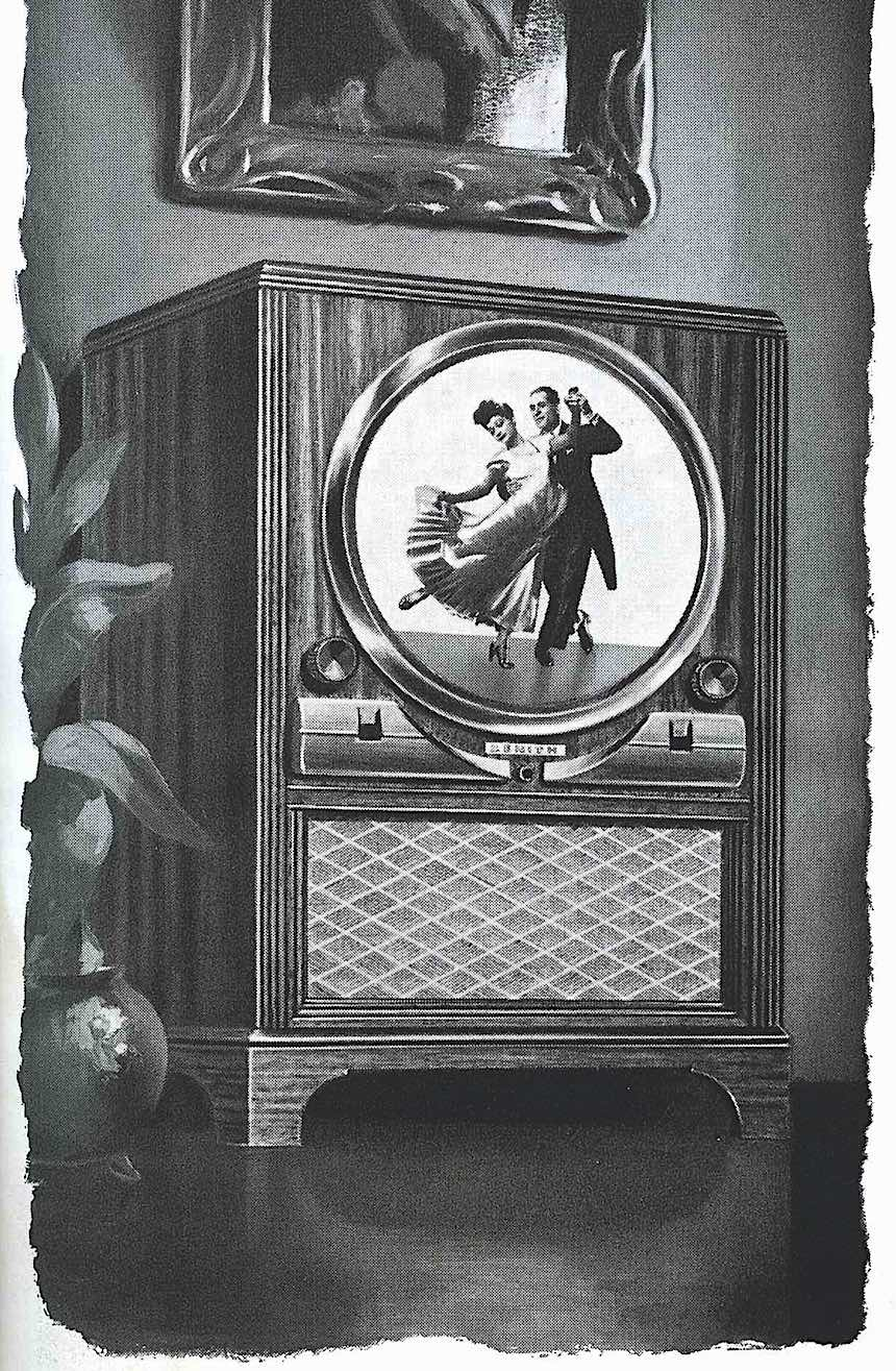 a 1949 Zenith advertisement with dancing couple