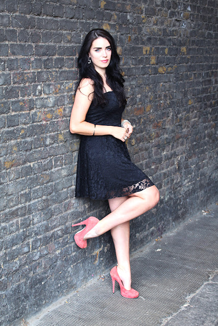 Emma Louise Layla in black lace Boohoo strapless dress - London fashion blogger