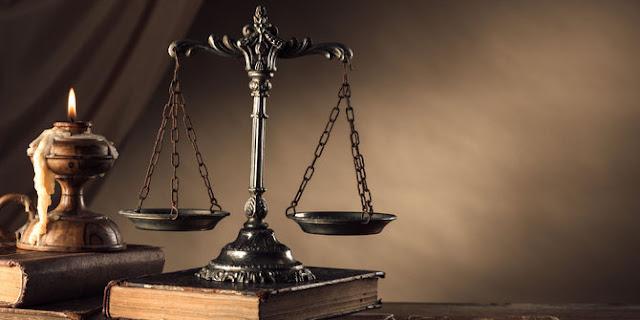 Perbedaan Akta Autentik dan Akta Bawah Tangan
