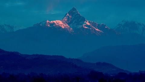 Lavinák akadályozzák az eltűnt hegymászók mentését Nepálban