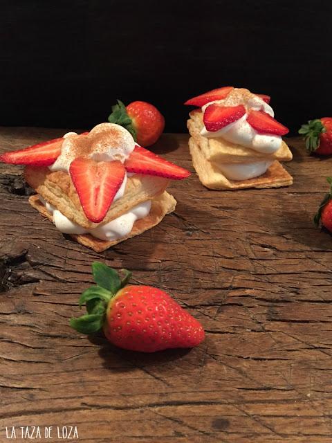 merengue-suizo-con-fresas-entre-hojaldres