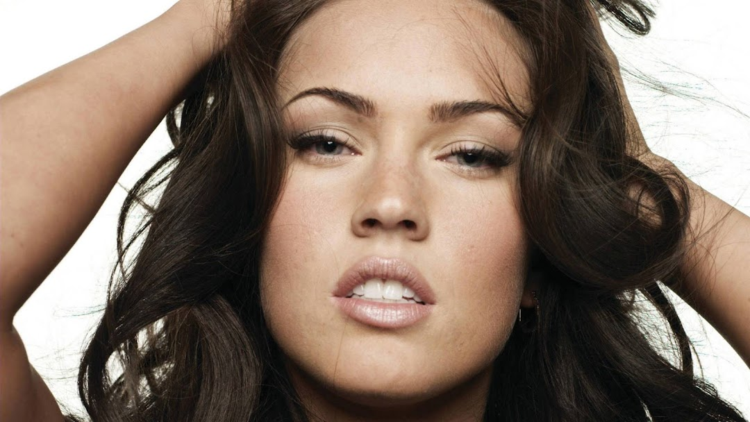 Megan Fox HD Wallpaper 7