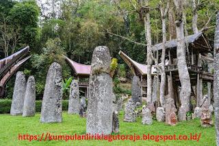 Wisata Batu Bori' Kalimbuang