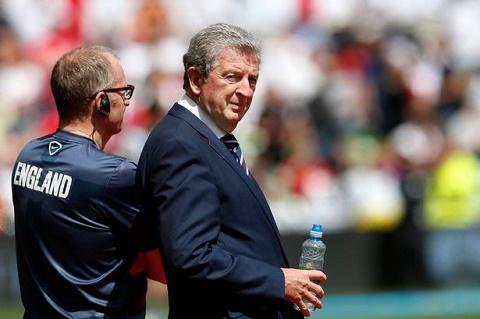 Chân dung Roy Hodgson của đội tuyển bóng đá Anh