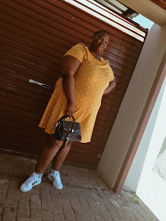 how to style plus size polka dots, stylish dresses from jet, jet fashion plus size, plus size blogger style , how to wear yellow if you are plus size, south african plus size blogger
