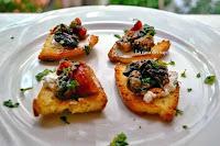 Μπρουσκέτες με μανιτάρια & μελιτζάνες - by https://syntages-faghtwn.blogspot.gr