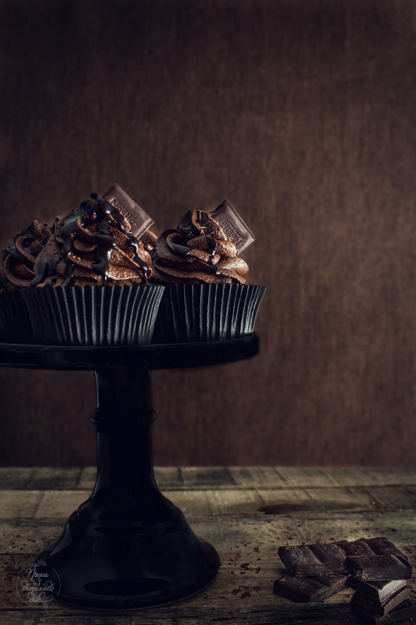 brownie-cupcakes-chocolate-negro