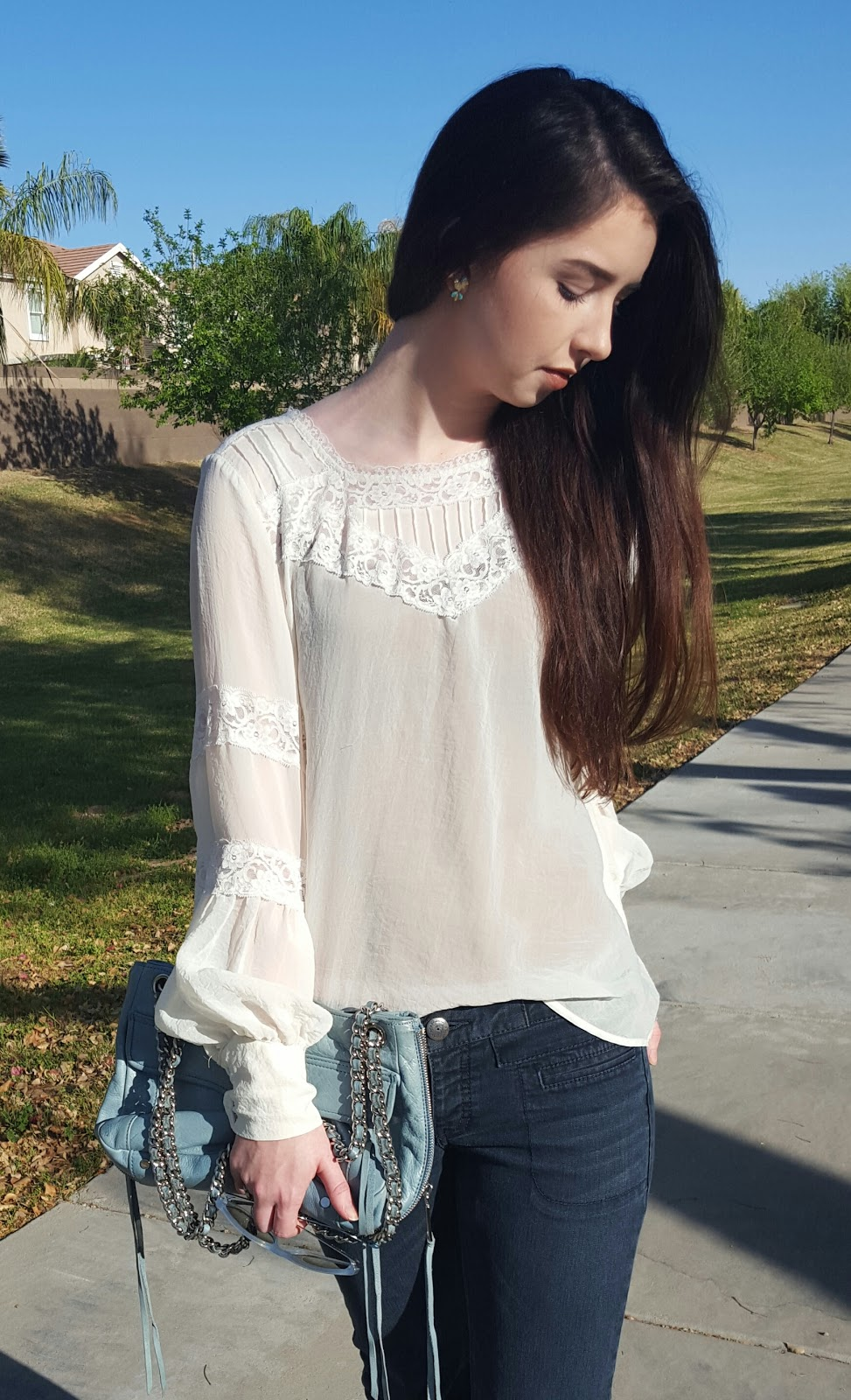 white boho top with lace and big sleeves