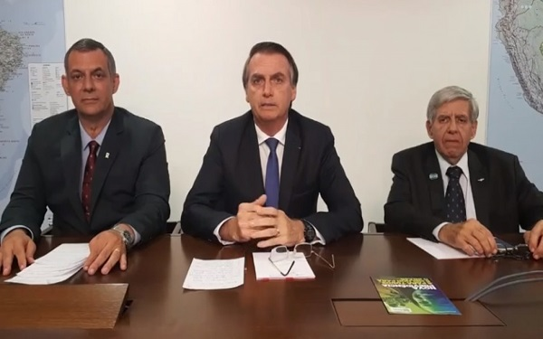 Bolsonaro promete acabar com as lombadas eletrônicas (Imagem: Reprodução/Facebook)