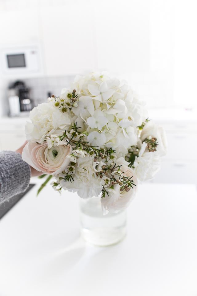 naistenpäivän kukkakimppu, helppo ohje näyttävään kimppuun