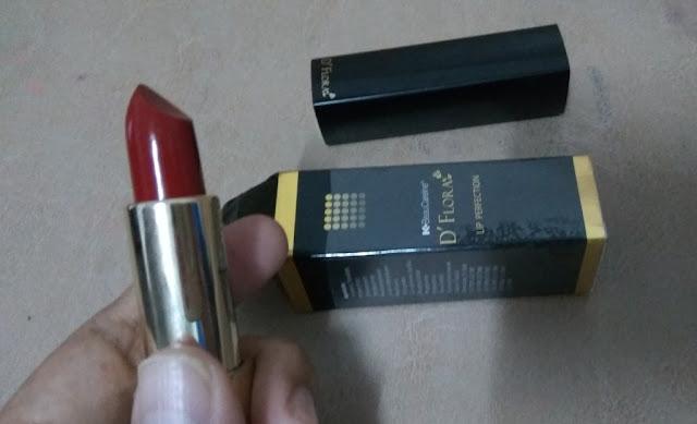 Pilihan Lipstik  untuk Bibir Hitam saat ini beragam. D'Flora, hadir dengan kandungan Jojoba dan vitamin yang membuat bibir terlihat menarik dan sehat. (dok.windhu)
