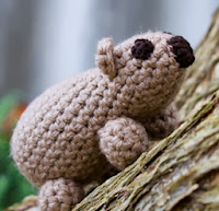 http://translate.googleusercontent.com/translate_c?depth=1&hl=es&rurl=translate.google.es&sl=en&tl=es&u=http://amysodyssey.wordpress.com/2009/10/26/wombat-amigurumi/&usg=ALkJrhj_JrM7PM3ZPbnuDFbefOb1EKYK7g
