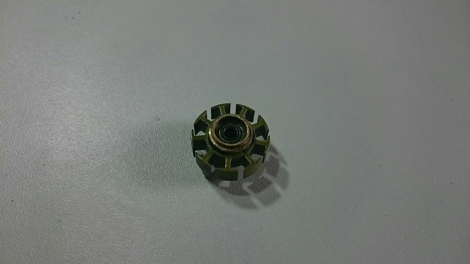 5be792d4047 ... este incrível gerador de pulsos. Este estator tem aproximadamente 20 mm  de diâmetro