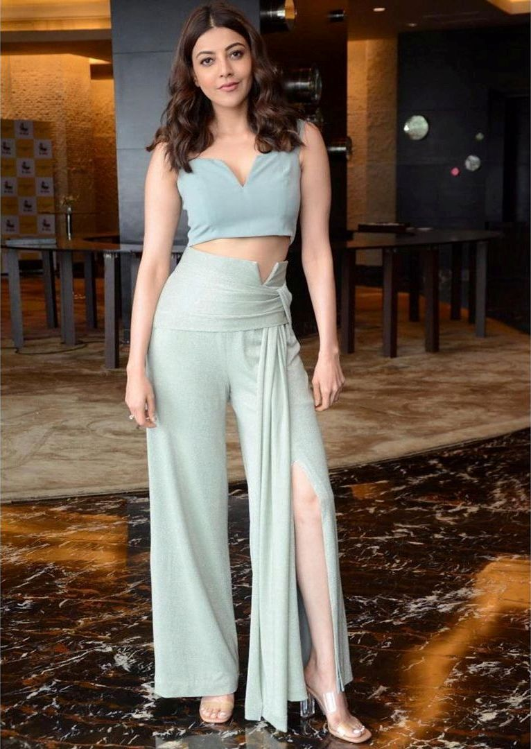Bollywood Actress KajalAggarwal HotPhotos MakeUp BeautyTips Fashion WallPapers Biography Wikipedia MoviesList VideoSongs Photoshoots