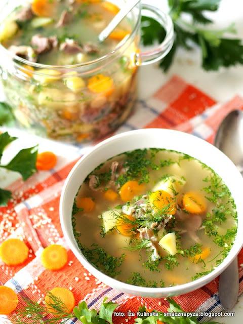 domowa zupa, najlepszy krupniczek, mlupnikoda wloszczyzna, zoladki drobiowe, co na obiad, jak ugotowac krupnik, kasz jeczmienna
