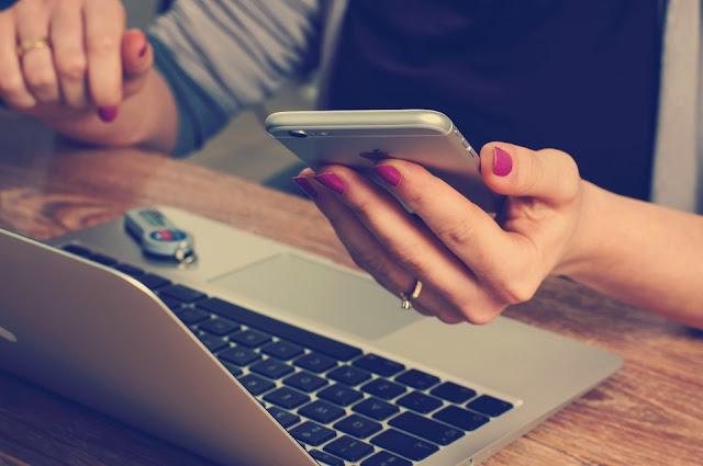 Sistem Informasi Sekolah Dengan GAMMU SMS Gateway