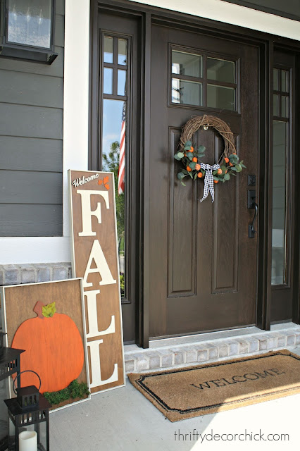 How to make your own large fall signs