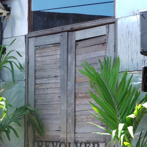 Highlights from Bali :  Makan siang , makan Malam, Dessert sampai Tempat Leyeh - Leyeh