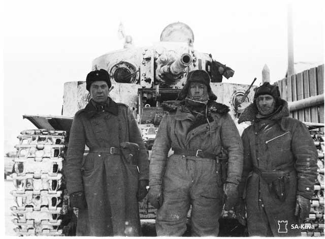 Finnish T-28 tank and crew, 28 December 1941 worldwartwo.filminspector.com