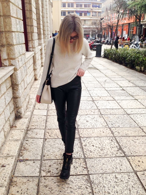 9 On The Go - Priestess of style