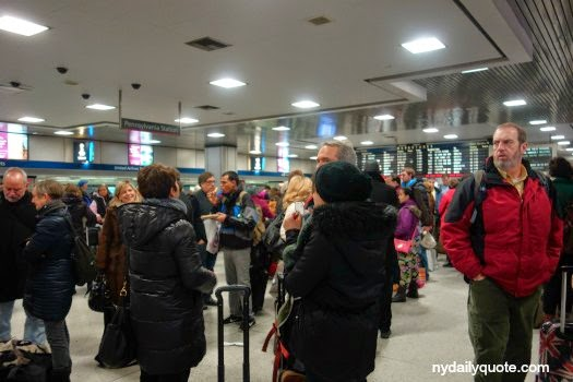 http://www.dreamstime.com/stock-images-penn-station-people-waiting-their-trains-pennsylvania-new-york-city-image37914594#res4467664