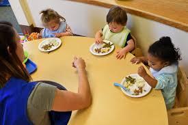 6 Tips Mengatasi Anak Susah Makan, Recomended Bunda Terapkan