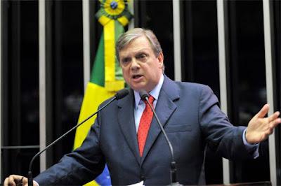Tasso Jereissati deve ser eleito presidente do PSDB após queda de Aécio Neves