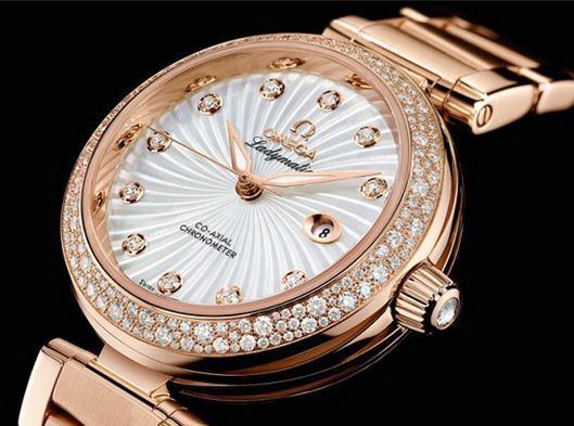 Đồng hồ Omega sang trọng tinh tế