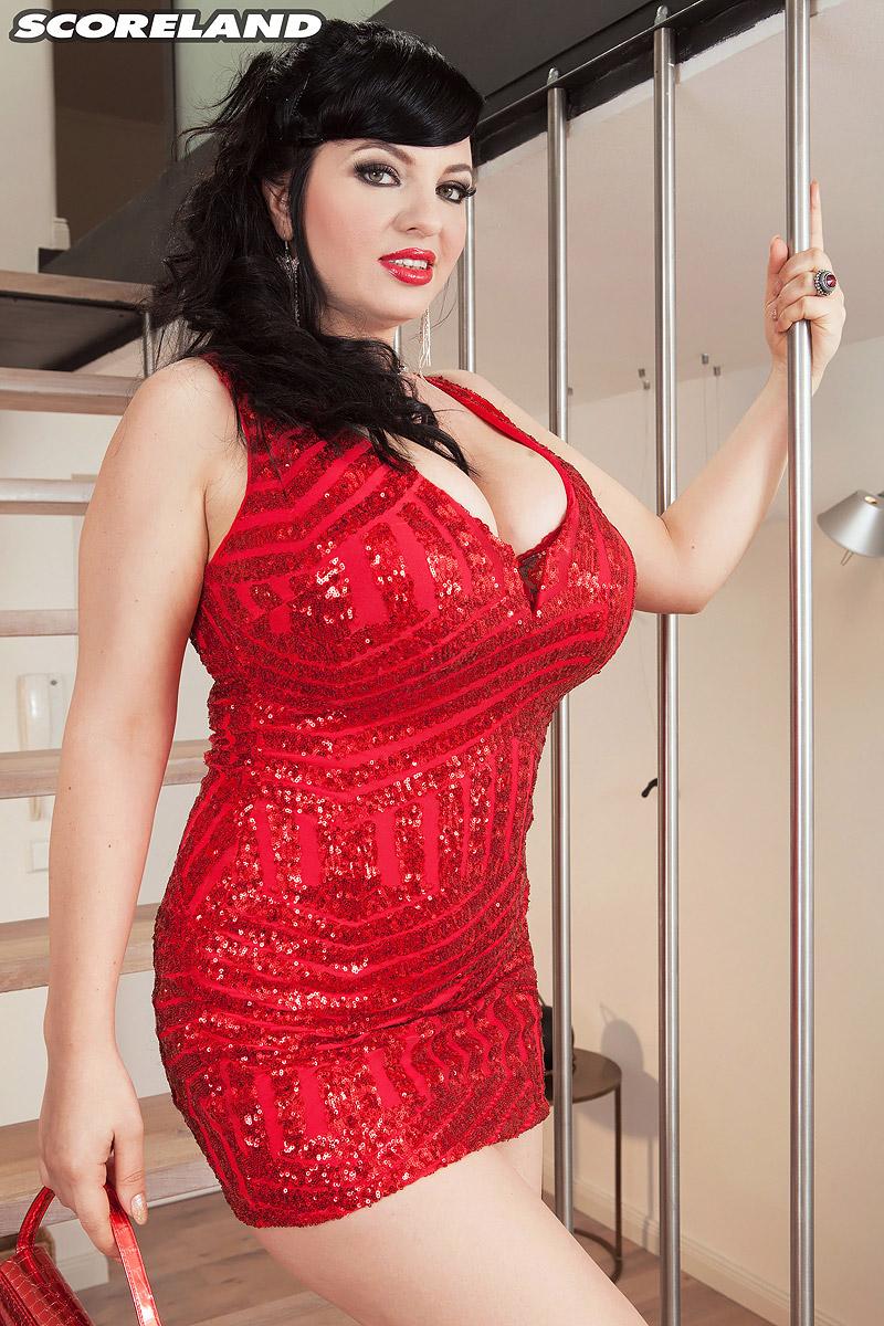 BBW Schönheit Joanna Bliss auszusetzen, schön, juggs