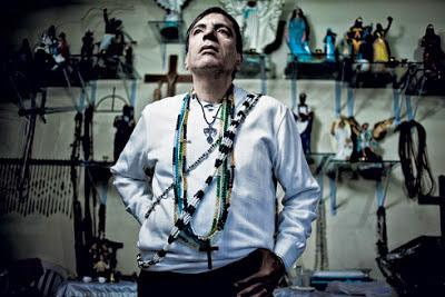 Ex pai de santo afirma que fez rituais satânicos para a Rede Globo