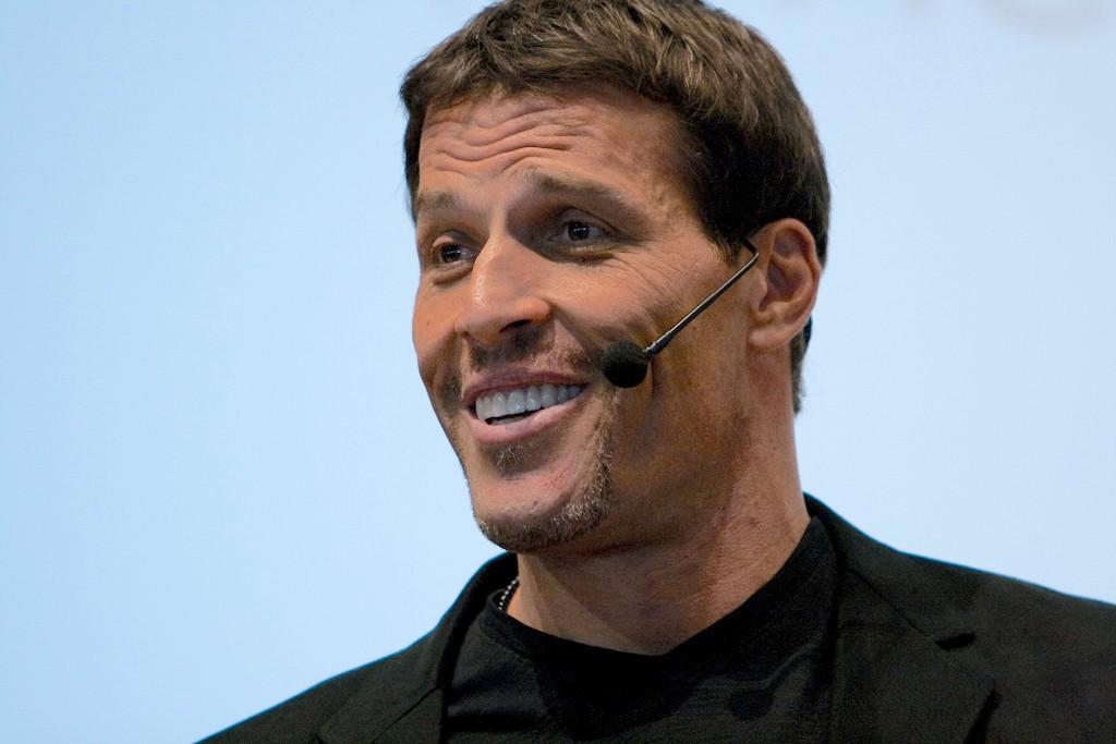 Tony Robbins Quotes On Leadership