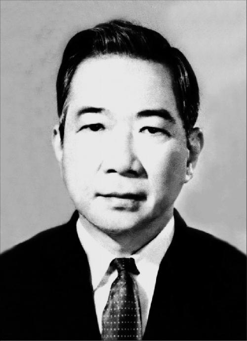 Thơ Tố Hữu, 15 Tác Phẩm Thơ Ca Tố Hữu Hay Nhất (Nguyễn Kim Thành)