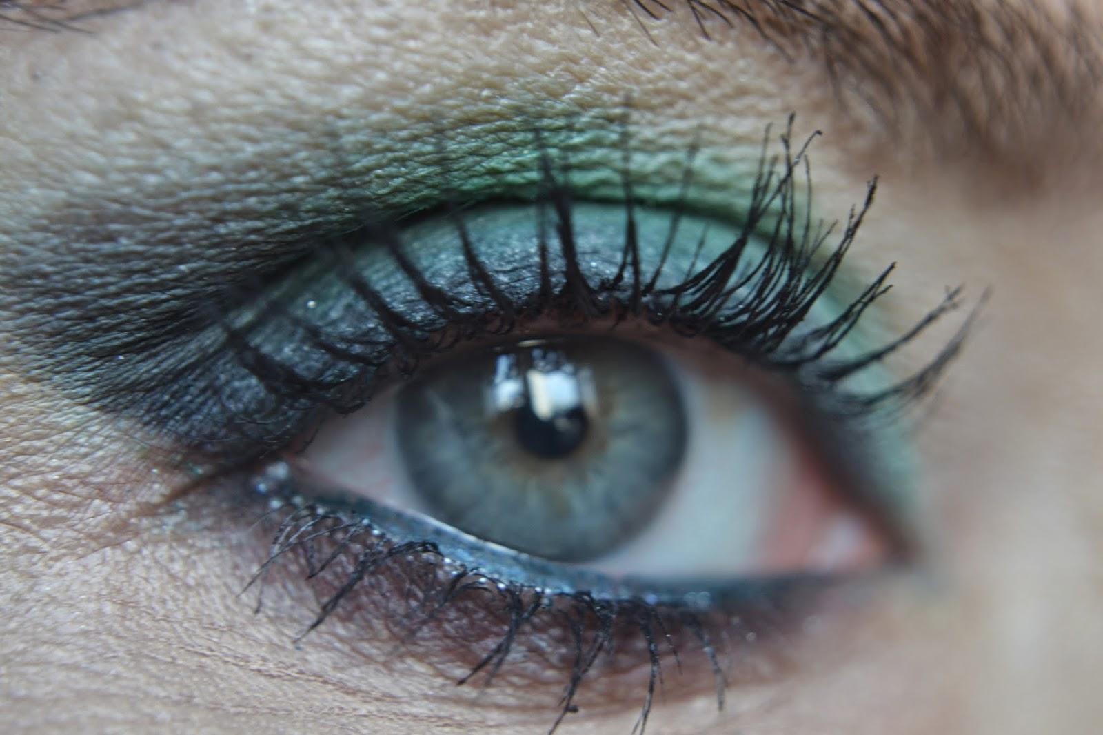 2a39093738697 Yeşil göz rengime bu renk makyaj yakışmış mı, olmuş mu buna siz karar  vereceksiniz elbette:)