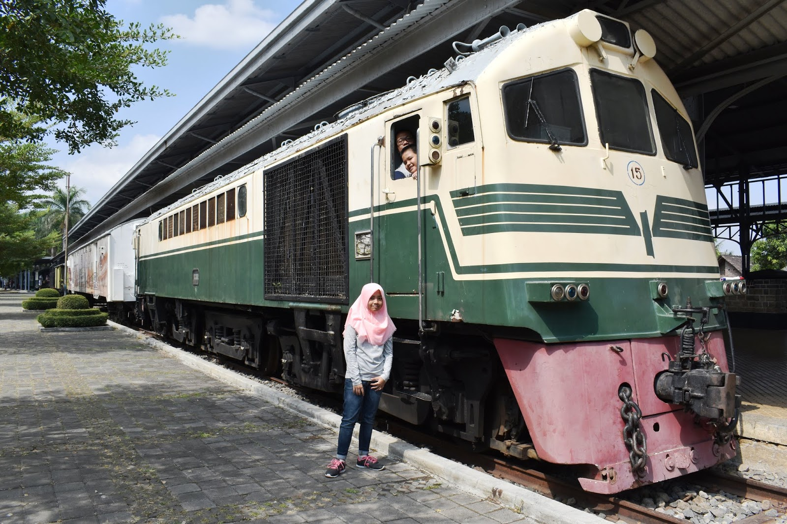 Wisata museum kereta ambarawa