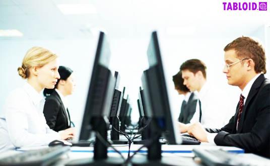 Metode pelatihan karyawan yang efektif dapat dilakukan untuk membantu karyawan meningkatkan pengetahuan dan kualitas saat bekerja sehingga nilai perusahaan semakin tinggi.