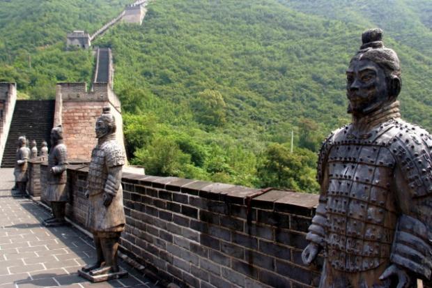 Liza hume la gran muralla china for Q es la muralla china
