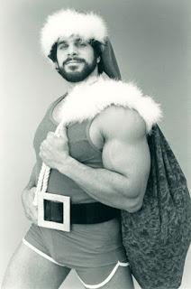 Lou Ferrigno Santa Claus