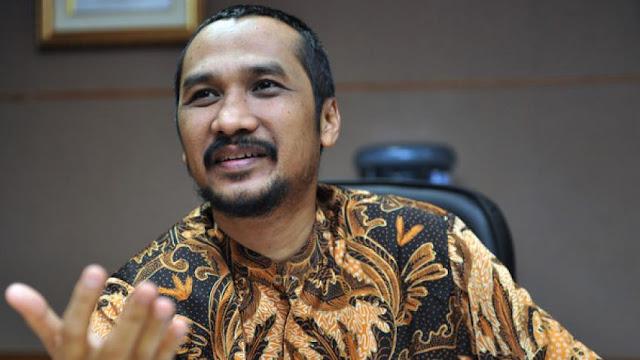 Samad Minta KPK Jerat Novanto dengan Pasal Pencucian Uang