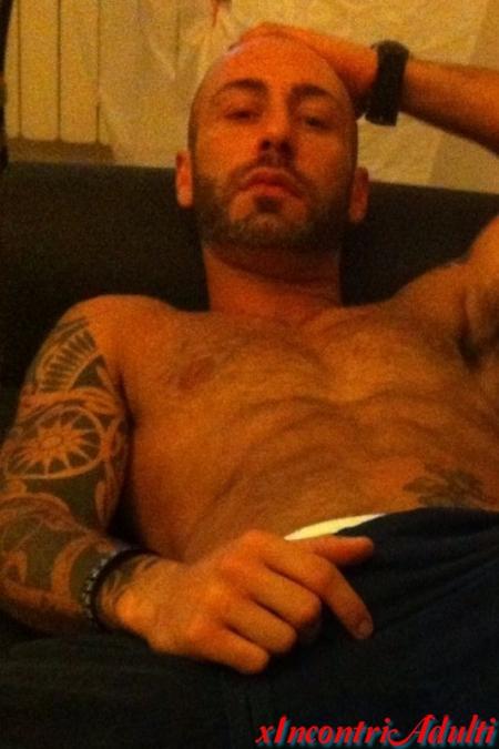 bacheca incontri gay verona escort agency italia