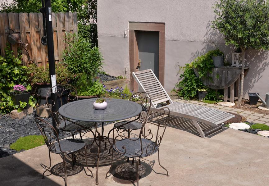 Desain Taman Belakang Rumah Gaya Minimalis Untuk Lahan Yang Sempit Terbaru Paling banyak diminati