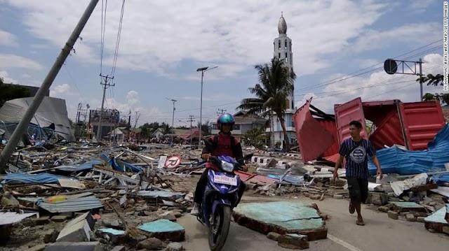 Video: Tsunami y terremoto en Indonesia