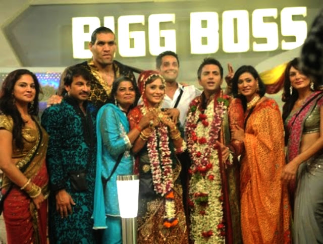 sara khan marriage in bigg boss house