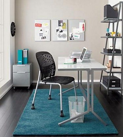 5 Tips for Organizing a Small Home Office 2
