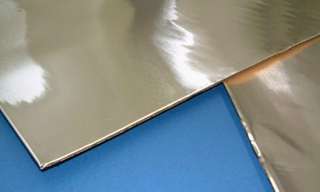 日東電工レジェトレックスはコストパフォーマンスに優れている制振材ですが、コレをつかうなら個人的には鉛テープや鉛シートを用いて施工した方が効果がありそうだし、鉛の質量を増やせばもっと効果は期待出来る。
