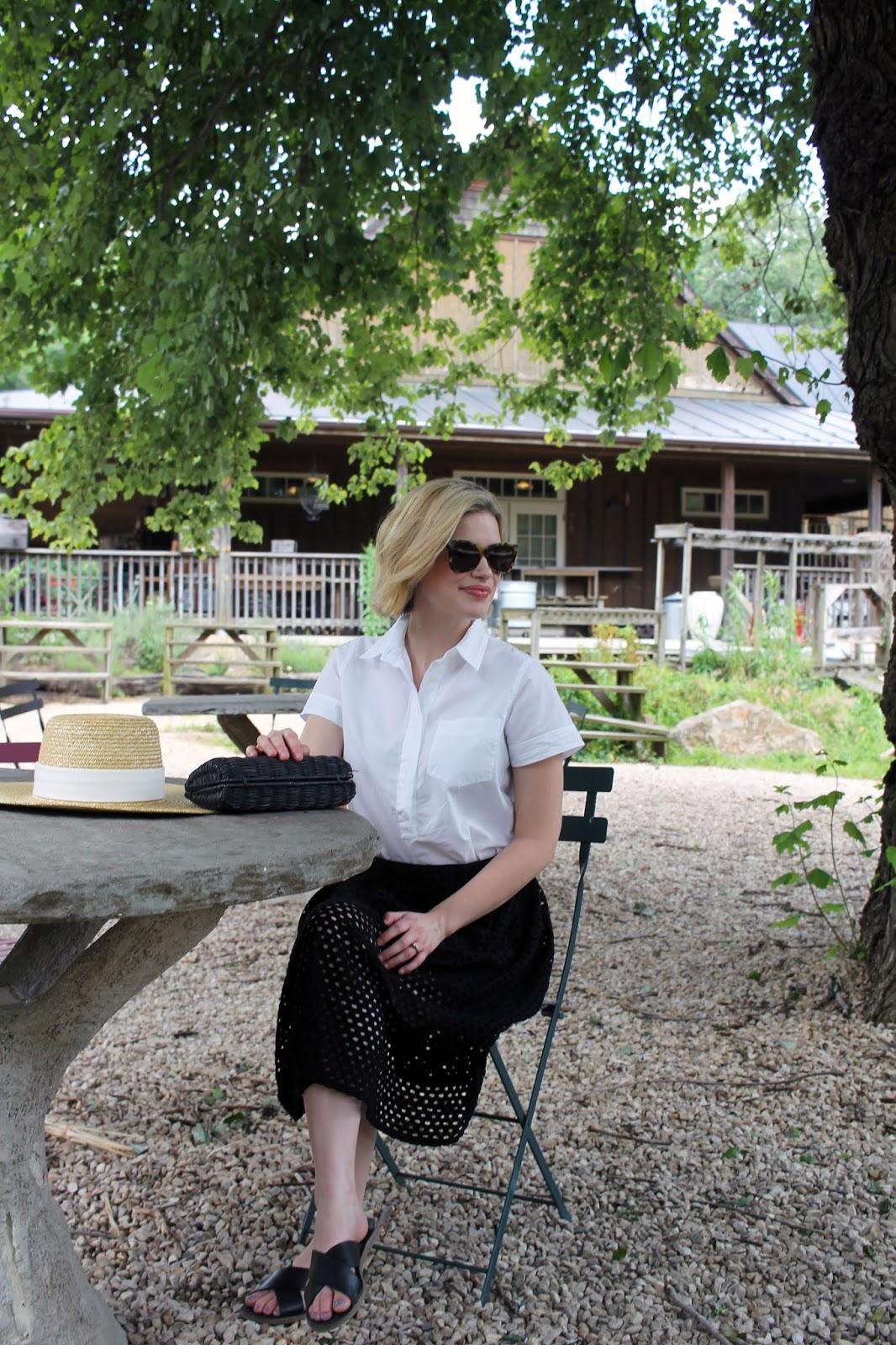 midi skirt & poplin shirt