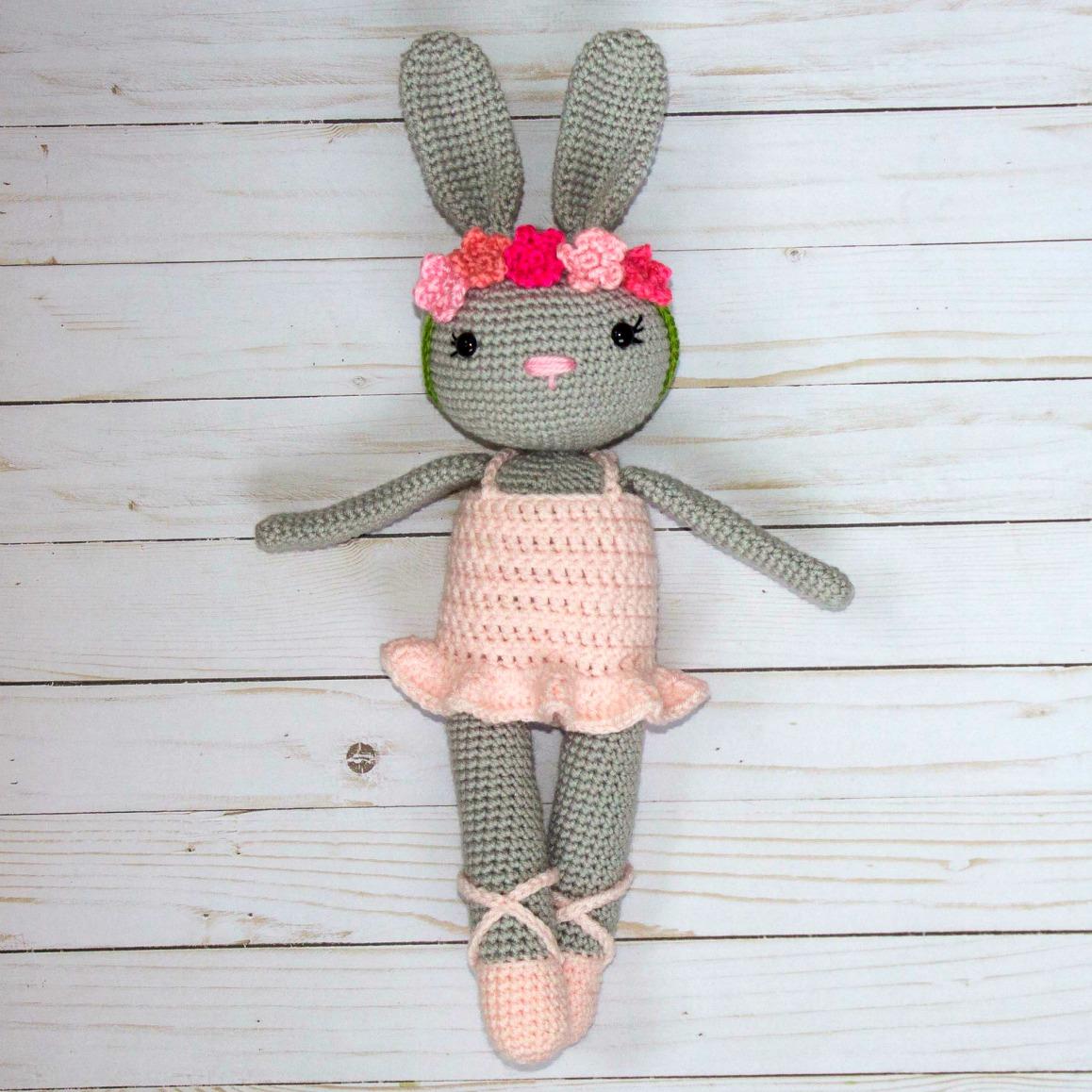 Bella Ballerina Amigurumi Doll   AllFreeCrochet.com   1158x1158